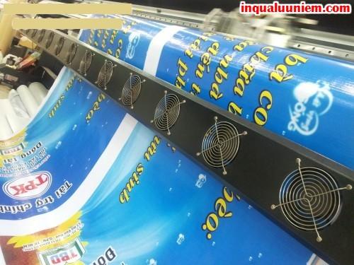 Trực tiếp in ấn hiflex trên máy in mực dầu khổ lớn, in ấn tại Công ty In Kỹ Thuật Số - Digital Printing