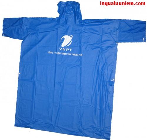 Sản phẩm in áo mưa tay cài in ấn tại Cty TNHH In Kỹ Thuật Số