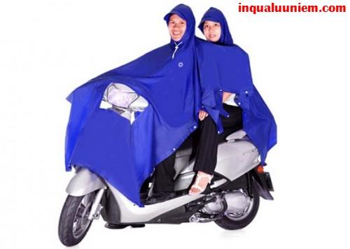 Sản phẩm in áo mưa trùm tại Cty TNHH In Kỹ Thuật Số